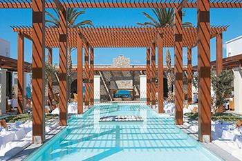 Xylini-pergola-Amirandes-Grecotel-Resort-Kreta