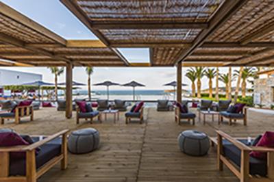 Xylini-pergola-Minos-Palace-Hotel-Kreta